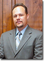 Tom Cesta is a professional chapter 7 lawyer in Mesa Arizona.